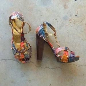 BCBGirls Multicolored Snake Leather   Size 8